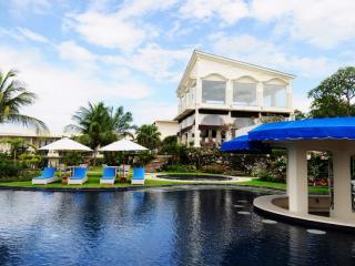 Suluban Coffee Shop & Top Pool