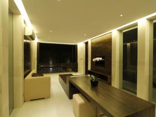 1 Bedroom Signature Villa Living Area
