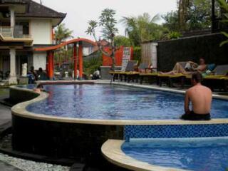 Pool & Childrens Pool
