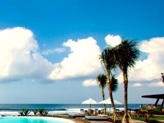 Beach Club Beach Bar