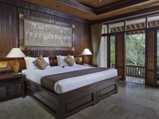 Deluxe Raja Room - King Bed