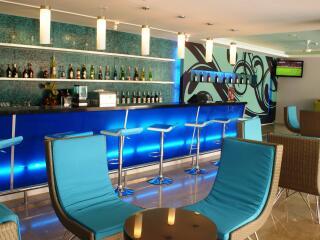 Splash Poolside Bar