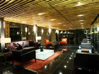 Kayumanis Lounge