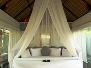 Kayumanis Suite Bedroom