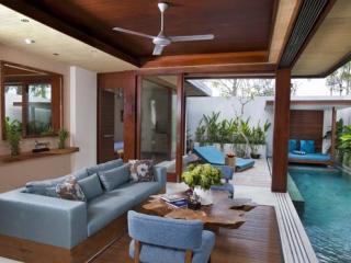 Villa Loungeroom