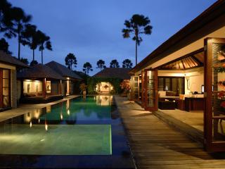 4-5 Bedroom Presidential Pool Villa