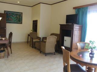 Suite - Interior