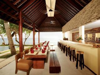 NooQ Lounge Bar