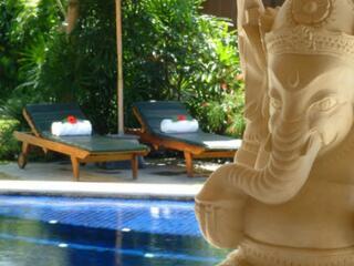 3 Bedroom Pool Villa Deck Chairs
