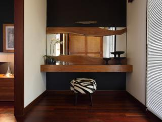 One Bedroom Villa Deluxe - Dressing area