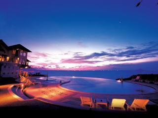 Blue Point Bay Villas & Spa