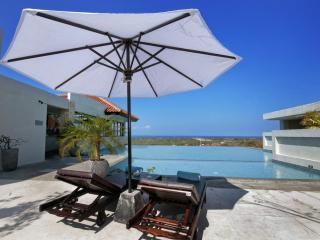 Nusa Dua - Swimming Pool